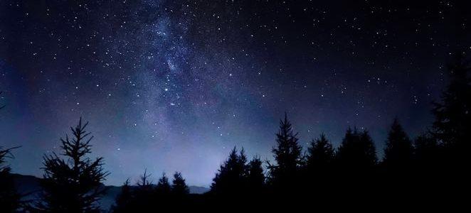 Upplev natthimlen med teleskop