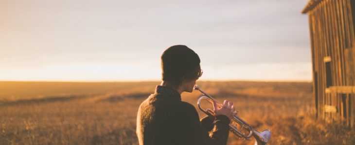 Gör en fanfar med ditt blåsinstrument när hösten sveper in!